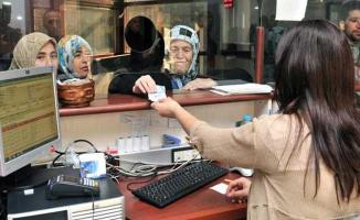 Emeklilikte Yaşa Takılanların Sorunlarının Çözümü İçin Yeni Bir Öneri Sunuldu