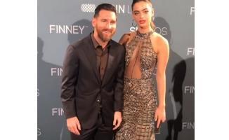 18 yaşındaki model Yael Shelbia, Messi'ye zor anlar yaşattı