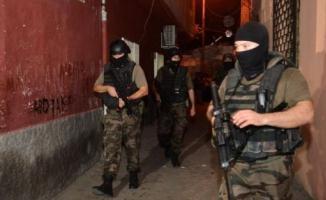 Batman'da Özel Harekat polisi girdiği çatışmada ağır yaralandı
