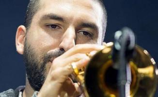 Dünyaca ünlü trompetçi 14 yaşındaki çocuğa cinsel taciz suçundan hapis cezası
