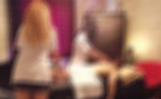 Eskişehir'de hırsız, paraları masaj salonunda harcarken yakalandı