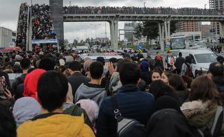 İstanbul'daki Kitap Fuarında Rekor Kırıldı ! Trafik Durdu Yollar Kitlendi