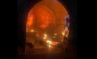 Kerkük'te Osmanlı dönemine ait Tarihi Kayseri çarşısında kundaklama yangın çıktı