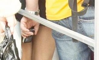 Kocaeli Üniversitesinde sapık memur- Öğrencilerin etek altı görüntülerini çeken memur gözaltına alındı