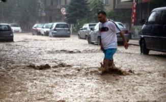 Sağanak yağış ve sel uyarısı