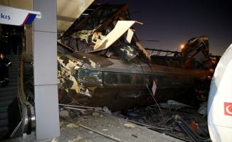 Ankara'da Tren Kazası: Çok Sayıda Ölü ve Yararlı Var !