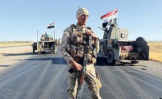 Hollanda, Irak'ta Peşmerge güçlerini eğitmeye devam edeceğini söyledi