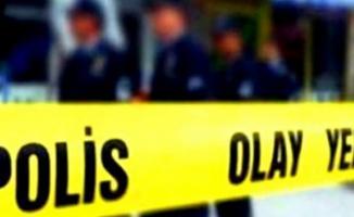 İzmir'de bir futbol sahasında yanmış kadın cesedi bulundu
