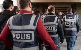 İzmir'de FETÖ soruşturması 62 kamu görevlisi gözaltı kararı