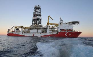 Bakan Dönmez, Antalya açıklarında süren sondaj çalışmalarına ilişkin flaş açıklama yaptı