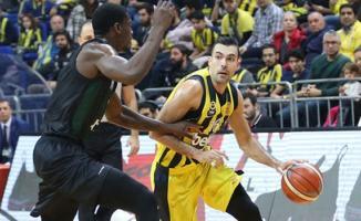 Fenerbahçe Beko, Adatıp Sakarya Büyükşehir Belediye Basketbol'u mağlup etti