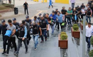 İzmir'de FETÖ'nün TSK'daki Kripto yapılanması soruşturmasında 72 kişi hakkında gözaltı kararı