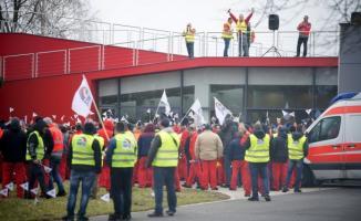 Macaristan Audi İşçilerinden Uyarı Grevi