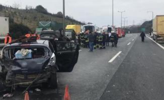 TEM yolu İzmit geçişinde meydana gelen trafik kazasında 1'i çocuk 8 kişi yaralandı