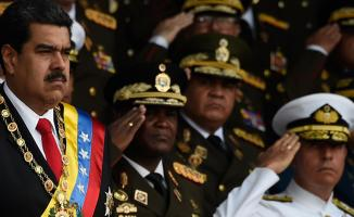 Venezuela Devlet Başkanı Maduro'ya darbe çağrısı yapıldı