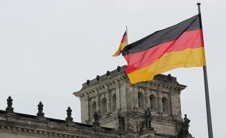 Almanya cari fazla veren ülkeler arasında liderliğini korudu