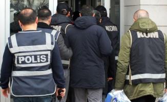Ankara merkezli FETÖ operasyonunda gözaltına alınan 17 kişiden 3'ü tutuklandı
