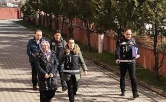 Ankara'da yakalanan FETÖ şüphelisi çift, Karabük'e getirildi