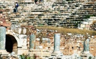Bakan Ersoy Açıkladı: Arkeolojik Kazıların Süresi Uzayacak