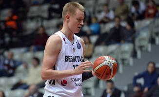Beşiktaş Erkek Basketbol Takımı oyuncusu Robin Benzing, ameliyat edildi