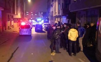 Çanakkale Ayvacık'taki Depremin Ardından Gaziosmanpaşa'da Çatlakların Oluştuğu Bina Boşaltıldı