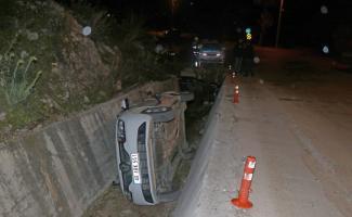 Fethiye'de otomobil kanala düştü: 2 yaralı