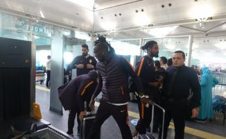 Galatasaray, Benfica ile yapacağı maç için Portekiz'e gitti