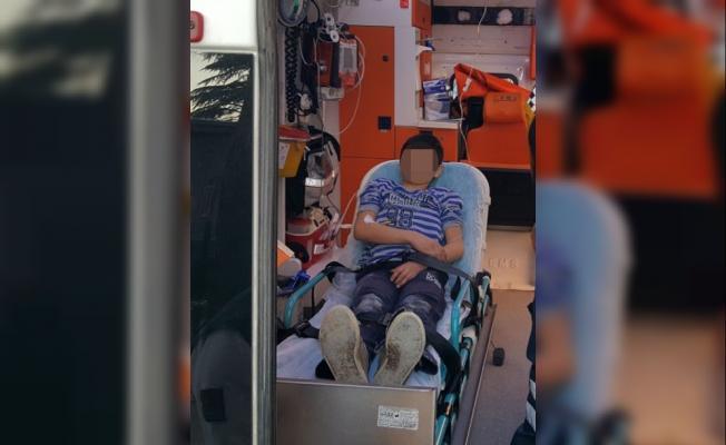 Havalı tüfekle oynarken arkadaşını yaraladı