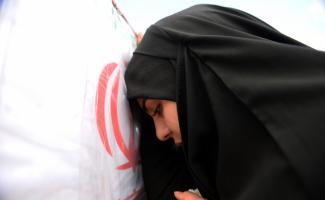 İran'daki saldırıda hayatını kaybeden 27 asker için tören