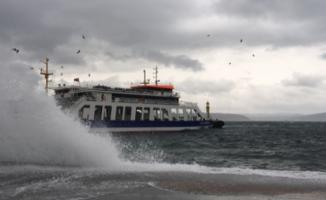 Kabatepe-Gökçeada arasındaki bazı feribot seferleri geçici olarak durduruldu