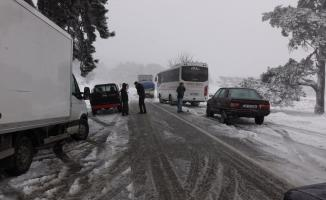 Kazdağları'nda kar yağışı