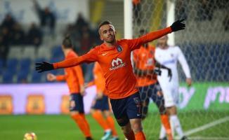 Medipol Başakşehir'de şok gelişme! Edin Visca sezon sonu takımdan ayrılacak!