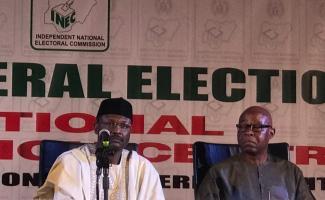 Nijerya'da devlet başkanlığı seçimlerinin ertelenmesi