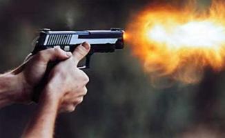 Polis Şefi Basın Toplantısına Silahlı Saldırı! Çok Sayıda Ölü ve Yaralı Var