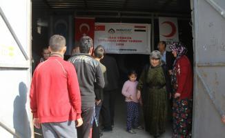 Türk Kızılayından Telaferli göçmenlere gıda yardımı