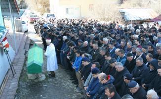 Ukrayna'da öldürülen tır şoförünün cenazesi defnedildi