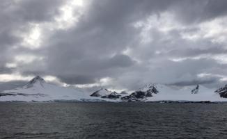 Varank, Antarktika'ya Cumhurbaşkanı'nın selamını iletti