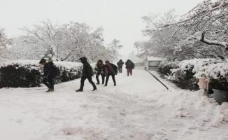 Yarın o bölgelerde karla karışık yağmur ve kar bekleniyor