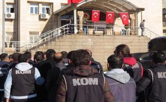 34 İlde FETÖ Operasyonu ! 40 Asker Gözaltına Alındı
