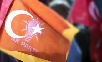 AK Parti'den 5,70 Seviyelerine Çıkan Dolar'a Karşı Yorum: Manipülasyon
