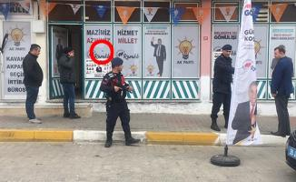 AK Parti Seçim Bürosuna Tüfekle Ateş Açıldı