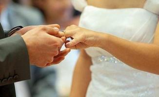 Evleneceklere 24 Maaş Bir Arada Verilecek