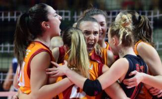 Galatasaray HDI Sigorta, Aydın Büyükşehir Belediyespor'u mağlup ederek yarı finale yükseldi!.
