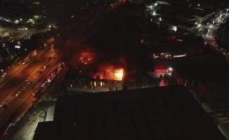 Gebze'de Korkutan Fabrika Yangını- Patlamalar Meydana Geldi
