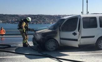 İstanbul'da Sivil Polis Aracı Yandı
