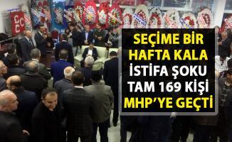 İYİ Partiden 169 kişi istifa edip MHP'ye geçti