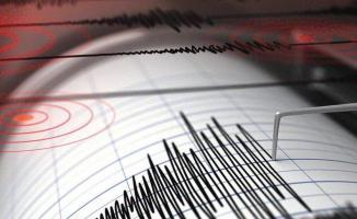 Antalya Kaş Açıklarında Deprem! Büyük sallandı...