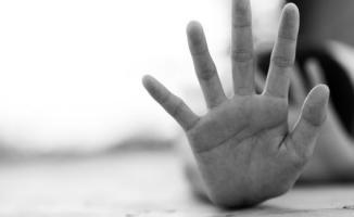 Balıkesir'de Öğretmen 2 Kız Öğrenciye Taciz İddiasıyla Tutuklandı