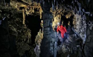 Bursa'nın İznik'te Mağarada korku Dolu Anlar! 35 metre derinlikte mahsur kaldılar