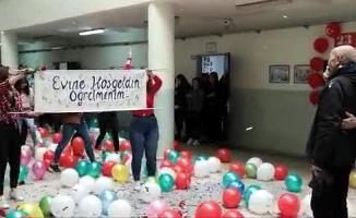 Çorlu'da Kanseri Yenen Öğretmene Okulunda Sürpriz Karşılama!